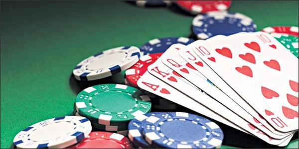 Try Poker Online If You Love Gambling